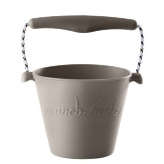 Scrunch-bucket warm grey